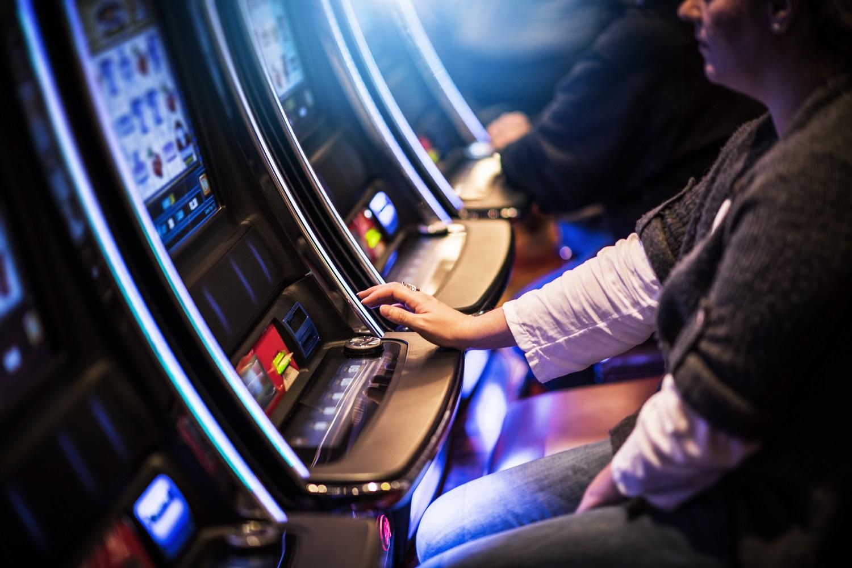 No deposit free spins casino 2017